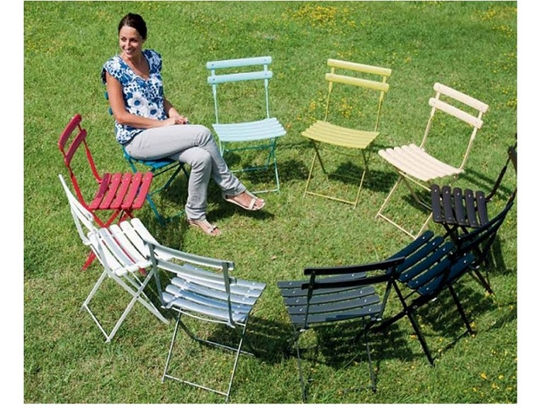 Emu Arc en ciel folding chair and table